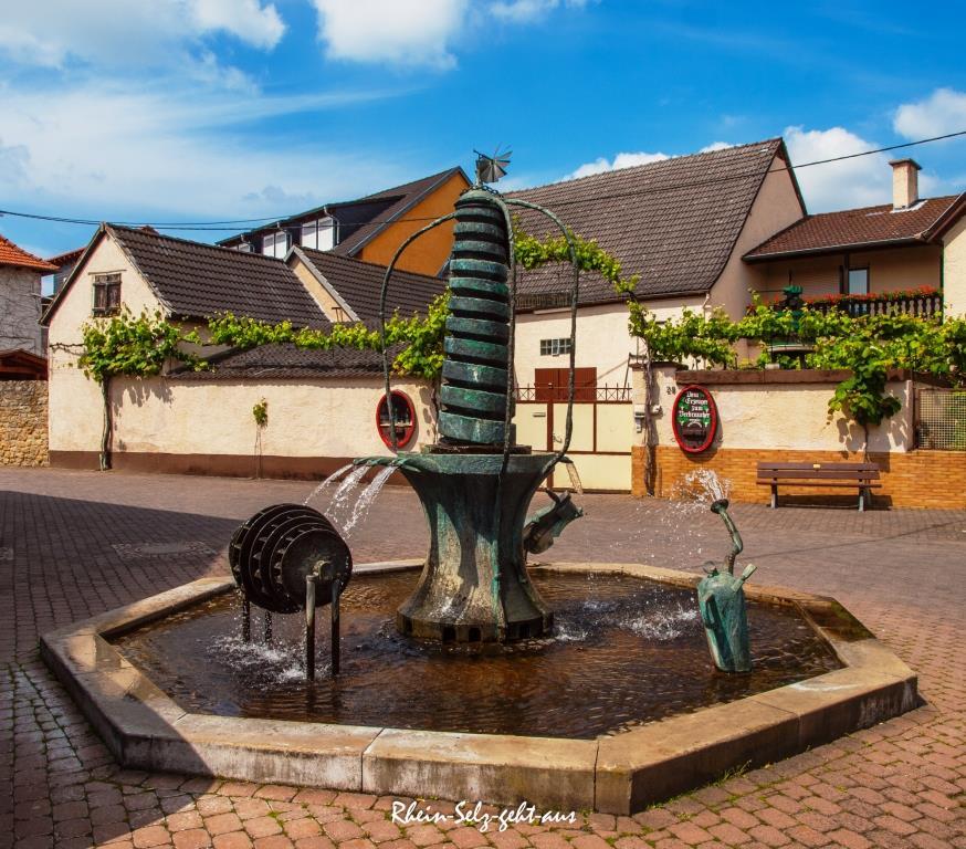 Zehntenbrunnen-5193798